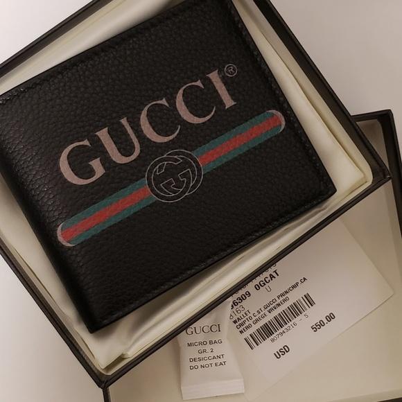 e268be5ec4 Gucci print NEW wallet Authentic NWT